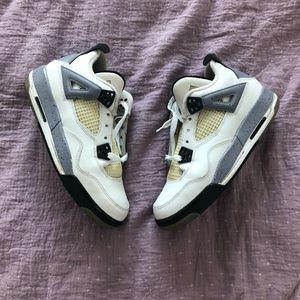 Jordan 4 Retro White Cement (GS)/ youth